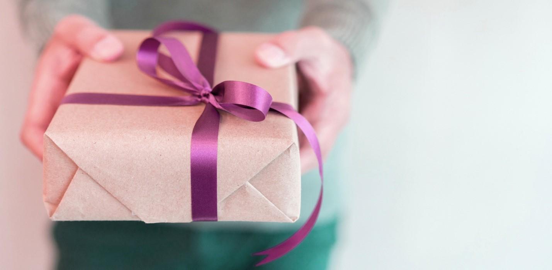 مناسب ترین هدیه اداری برای مردان چیست؟