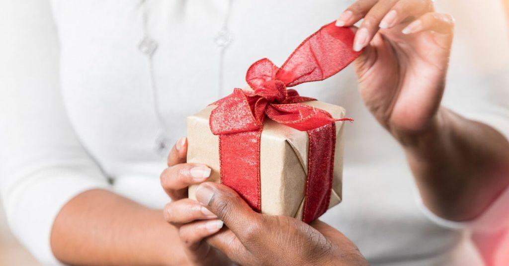 جذاب ترین جعبه کادو برای روز زن را چطور طراحی کنیم؟