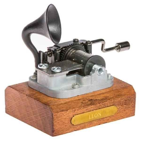 موزیک باکس لئون، بهترین هدیه نوستالژیک!