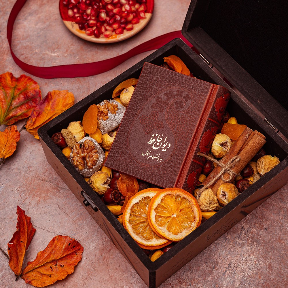 جعبه کادو ولنتاین برای دوست پسر را چگونه با هدایا چیدمان کنیم؟