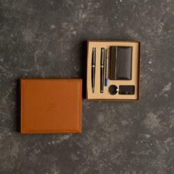 ست خودکار و روان نویس با کیف کارت ویزیت و جاکلیدی(RELAX SET)