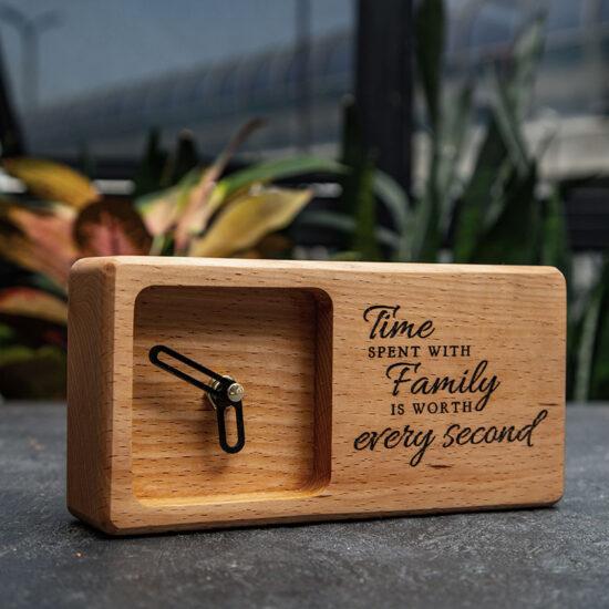 ساعت چوبی با متن دلخواه